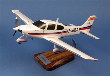 Aircraft Model Cirrus SR22