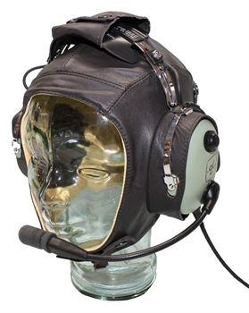 Flying Helmet Leather besides Garmin Gtn Series 650 And 750 besides What Are The Differences Between An Obs A Cdi A Heading Indicator And An Hsi together with Watch also La Chauve Souris Inventrice De Laviation. on aviation gps navigation