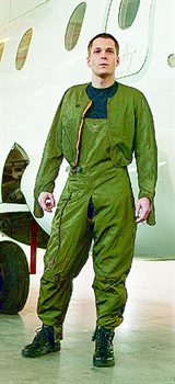 Pilot-Suit, Jacket electrically heated